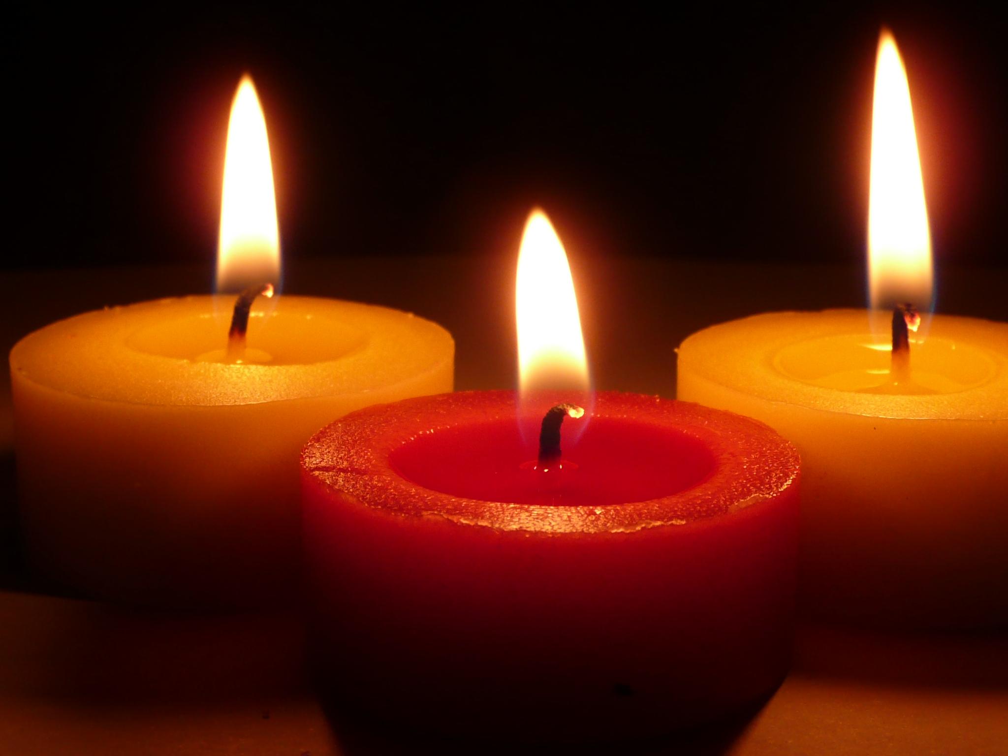 Tre Vigili del Fuoco hanno perso la vita. Con immenso dolore esprimiamo il nostro cordoglio.